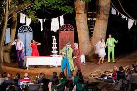 Red Rose Chain - Shakespeare Outdoors The Taming of The Shrew - Save 50%