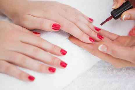 Gloss Academy - Three Hour Nail Workshop - Save 86%