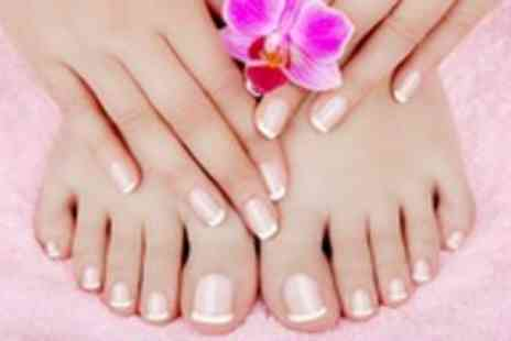 Laura at Stylistics - Bio sculpture gel manicure or pedicure - Save 50%