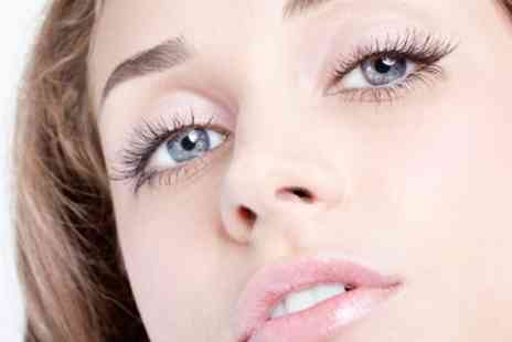 Kings n Queens - Semi Permanent Lashes - Save 70%