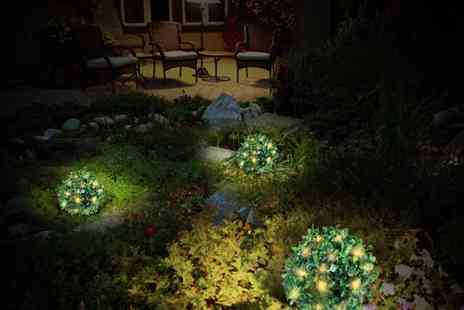 Edco - Three solar powered led topiary balls - Save 20%