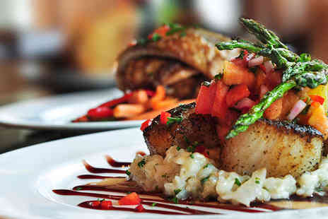 La Cantina - Main Dish and Side with Wine or Prosecco for Two - Save 56%