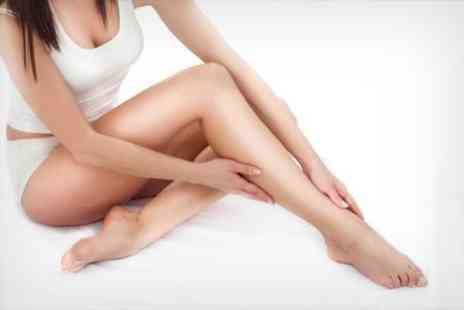 The Laser Clinics - Six IPL Hair Removal Sessions On Choice Of Areas - Save 41%