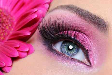 The Spa Boutique - Full Set of Eyelash Extensions - Save 40%