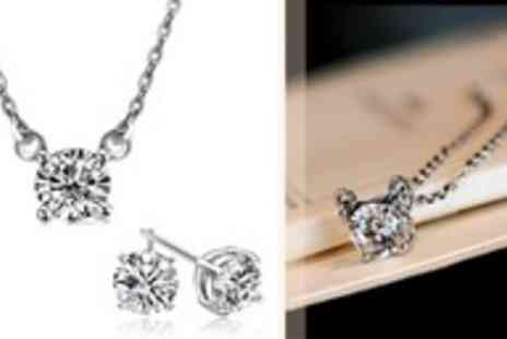 Moonshine Boutique - Swarovski Elements Twinkle jewellery set - Save 96%