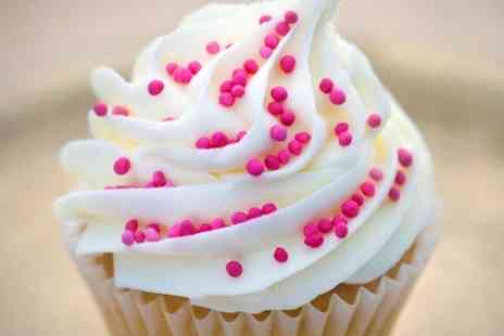 Amore Bakery - Cupcake Decorating Courses For One - Save 50%
