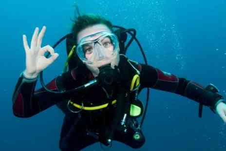 Blue - PADI Scuba Diving Qualification - Save 75%