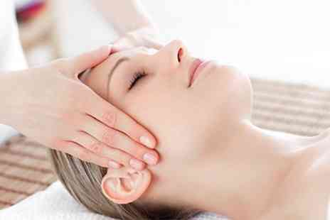 Skineeze - Full Day Indian Head Massage Course - Save 68%