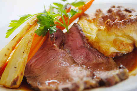 AM PM - Two Sunday Roasts - Save 50%