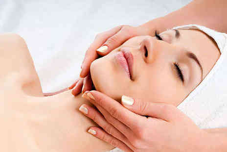 Glamourous Hair & Beauty - Express Facial with Back Neck and Shoulder Massage - Save 64%