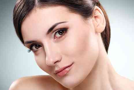 Vagheggi  - Mole Wart or Skin Tag Removal - Save 75%