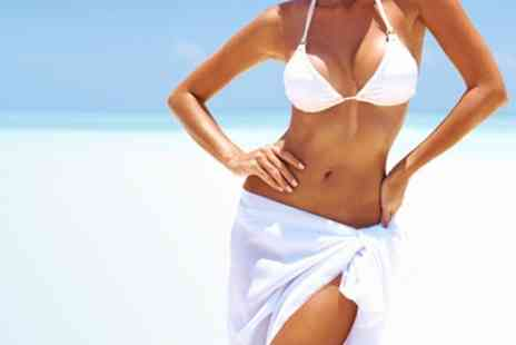 HQ Hair and Beauty - Sienna Spray Tan One Treatment - Save 64%