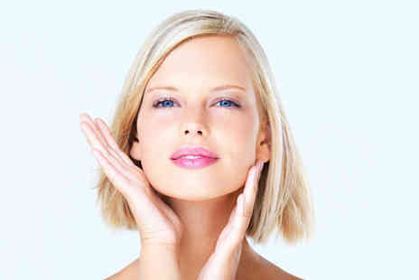 Body Regeneration Clinic - Glycolic facial peel including consultation - Save 76%