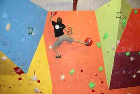 Birmingham Bouldering Centre - Bouldering Day Pass For One - Save 58%