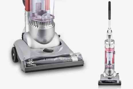 ebeez.co.uk - Electrolux Air Excel Lite Reach Bagless Vacuum Cleaner - Save 63%