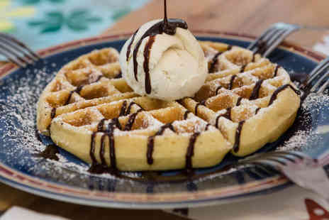Gelato Royale - Waffles gelato & hot chocolate for 2 people - Save 53%