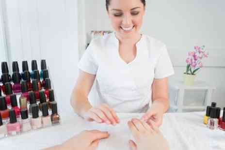 Chic Beauty Academy - One Day Courses - Save 58%