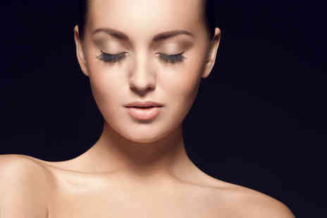 Boom Boom Beauty - Lash FX semi permanent eyelash extensions plus an eyebrow wax & tint - Save 69%