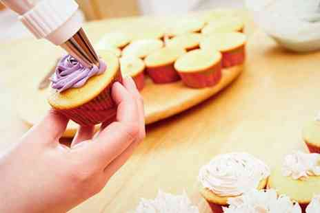 The Pin ups Pantry - Cupcake Decorating Class - Save 28%