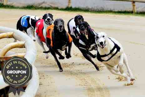 Sheffield Sports Stadium - Greyhound Racing Entry With Racecard Drinks and Bets - Save 73%