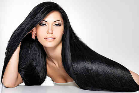 Passion hair and beauty - Highlights Cut & Blow Dry - Save 61%