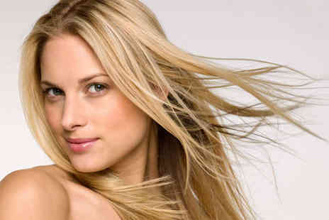 Ciscos Karma - Half Head of Highlights and Conditioning Treatment - Save 50%