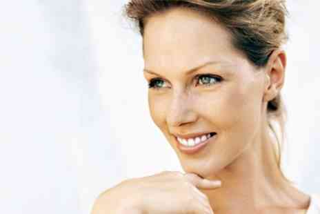 Silveroaks Dental - Dental Consultation Plus Scale and Polish - Save 61%