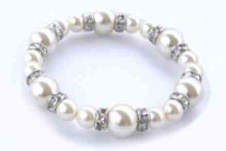 Guccinara - Pearl bracelet with Swarovski Elements - Save 96%
