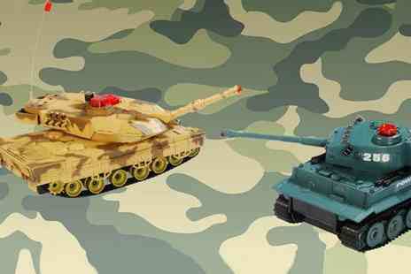 NetGadgets - Two remote controlled Infared Fighting Battle Tanks - Save 60%