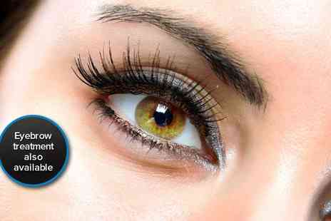 Absolute Nails and Beauty - Full set of eyelash extensions - Save 50%