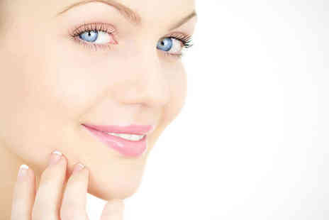 Arctic Smile - One Sessions of Red or Blue Light Facial Therapy - Save 65%