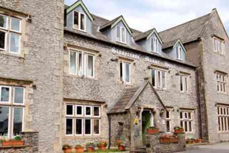 Stonecross Manor Hotel - Lake District Escape with Four Poster Room Meals & Fizz - Save 45%
