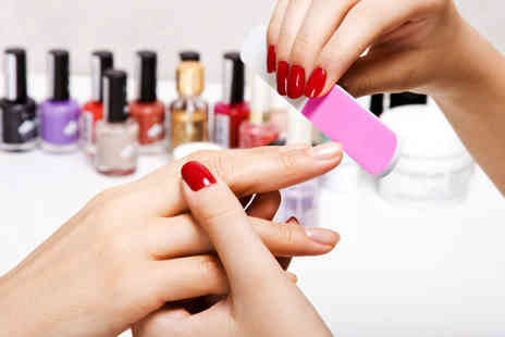 Betty Lou - Polish manicure  - Save 55%