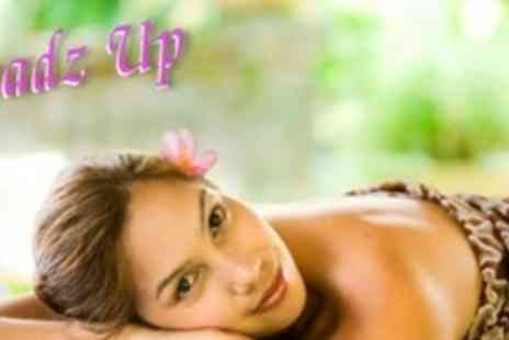 Headz Up Hair and Beauty - Full Body, Face, Scalp and Foot Massage, Plus Complete Body Exfoliation and Face Mask - Save 64%