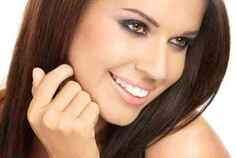 Aura Dental Spa - Teeth whitening session with consultation - Save 21%