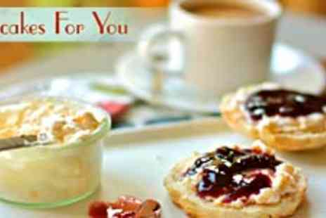 Cupcakes for You - Cornish Cream Tea for Two People Includes glass of Bubbly - Save 50%