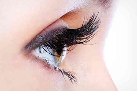 I Love Me Time - Semi Permanent Eyelashes and Eyebrow Shape - Save 52%