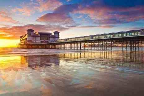 Grand Pier - Wedding Package With Meal For 50 Guests - Save 44%