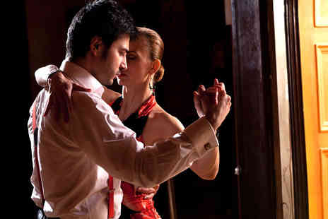 Brunito Salsa - Five Salsa or Bachata lessons - Save 77%