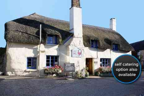 Sampsons Farm Hotel - Two night stay for two with breakfast - Save 68%
