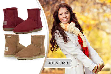 Koalabi - Pair of ultra short sheepskin lined boots - Save 34%
