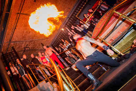 Circo Bar - Entry & booth hire for up to 8 including a cocktail or glass - Save 54%