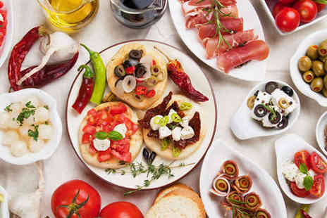 Vista Lounge - Six Tapas Dishes to Share and a Bottle of Wine for Two - Save 59%