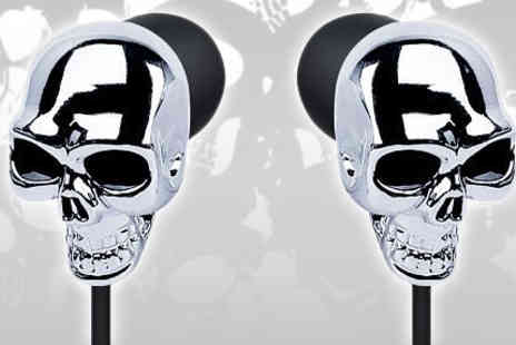 Ministry of Deals - Pair of London Styled Skull Art Earphones - Save 83%