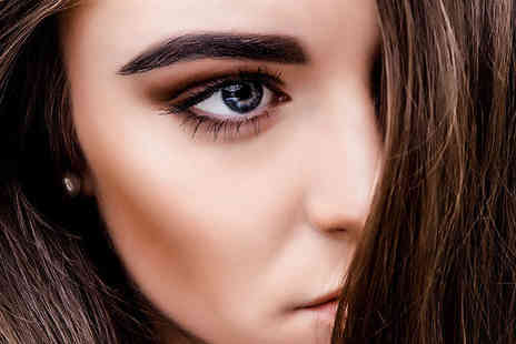 The Exclusive Academy - Half day eyelash and eyebrow course including waxing and tinting - Save 61%