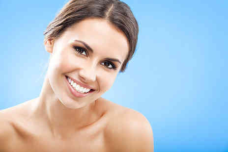 Forever Flawless - White and blue diamond facial - Save 81%