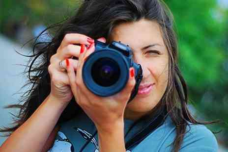 Tom Poultney Photography - Photography DSLR Courses For One - Save 72%