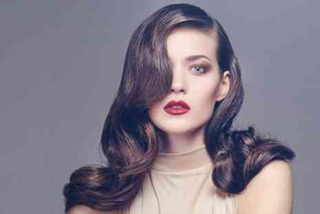 Gloss & Glow Glamour Lounge - Wash and Blow Dry - Save 60%
