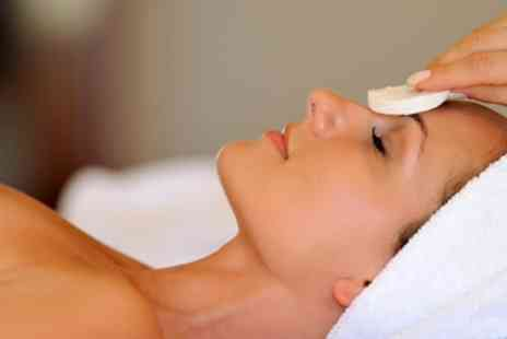 The Chelsea Day Spa - Luxury Facial & Manicure in Chelsea - Save 61%