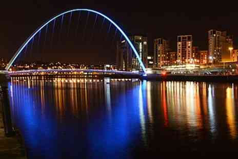 Neil Atkinson - Newcastle Night Lights Photography Tour - Save 71%